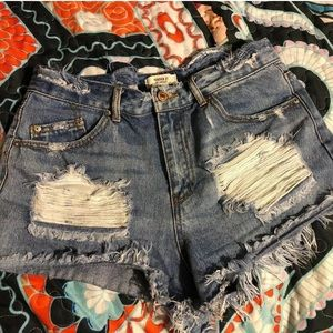 F21 distressed denim high waisted shorts